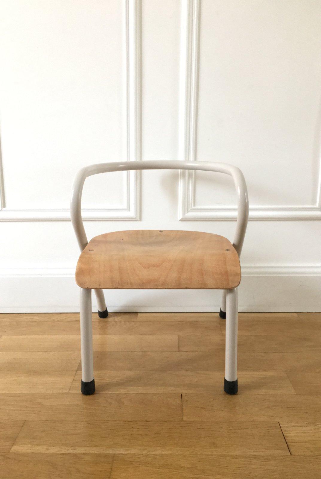 petite chaise mullca 300 de jacques hitier vaillant le petit meuble. Black Bedroom Furniture Sets. Home Design Ideas